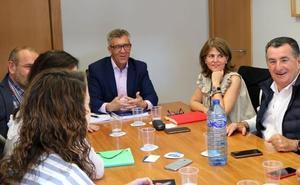 UGT Y Azucarera trasladan a la Fele el impacto de la actividad de la empresa para el empleo y la economía local