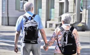Servicios Sociales anuncia el contrato del 'Programa de Viajes para las personas mayores del Club de los 60'