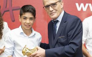 Una 'bota de oro' leonesa a los valores del deporte