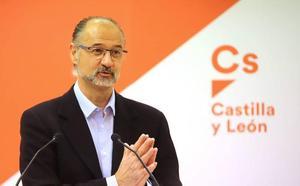 Luis Fuentes: «No sé si tendré el apoyo de los 12 procuradores de Ciudadanos para presidir las Cortes»