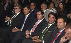 Santiago Aparicio afirma que es «imprescindible» un gobierno «estable» que dé «certidumbre y apoye la economía local»