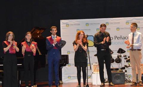 Graduación de los alumnos de grado profesional del Conservatorio Peñacorada