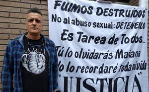Una de las presuntas víctimas del cura Sánchez Cao pide en Ponferrada «justicia» contra los abusos sexuales