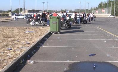 Tráfico anula 40 exámenes de moto por la basura 'sembrada' en Puente Castro cuatro días después del botellón de Orquestalia