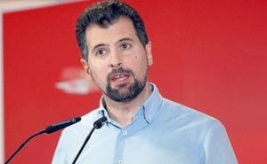 Tudanca ve en la subida salarial del alcalde de Villaquilambre la «regeneración» de PP y Cs
