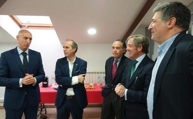 Los empresarios leoneses exigen diálogo, consenso y desarrollo industrial al nuevo alcalde de León