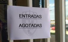Llamamiento a los socios de la Deportiva que no han retirado su entrada
