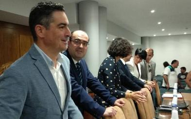 El PP se reserva acciones para impugnar la fórmula utilizada por la edil de Podemos, Lorena González, en su toma de posesión