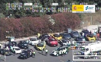 Denuncian a 41 conductores de coches de lujo que participaban en un rally ilegal en Valencia