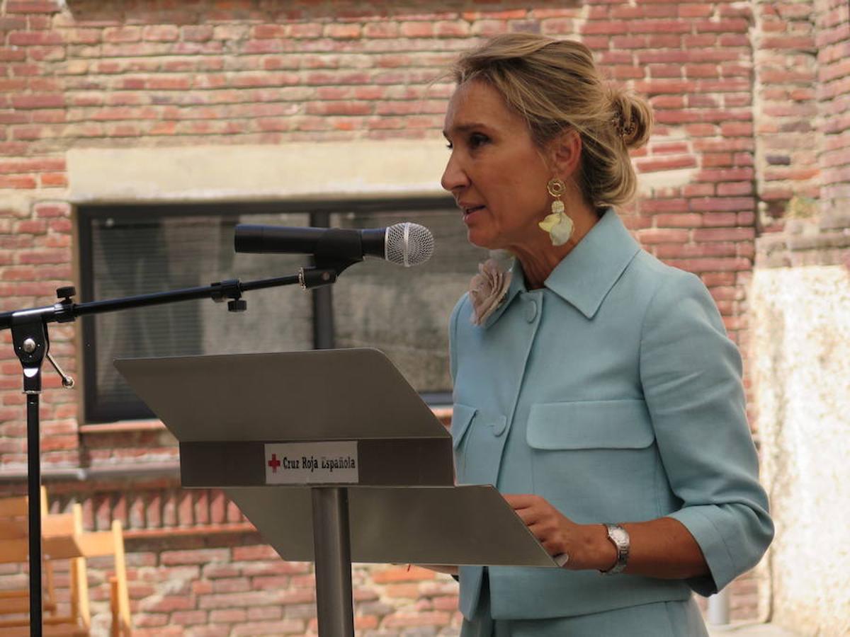 Toma de posesión de María Victoria Seco como presidenta de Cruz Roja León