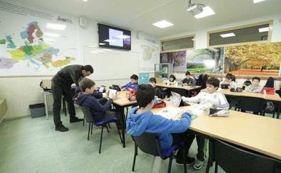 CSIF, CCOO y UGT exigen la aplicación del acuerdo de 35 horas para el próximo curso escolar