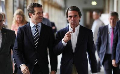 Aznar refuerza a Casado en su negativa a favorecer la investidura de Sánchez