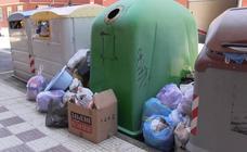 Una avería en los dos camiones colapsa la recogida de basuras en Villaquilambre y sus localidades