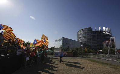 Puigdemont renuncia a acudir a Estrasburgo por temor a ser detenido