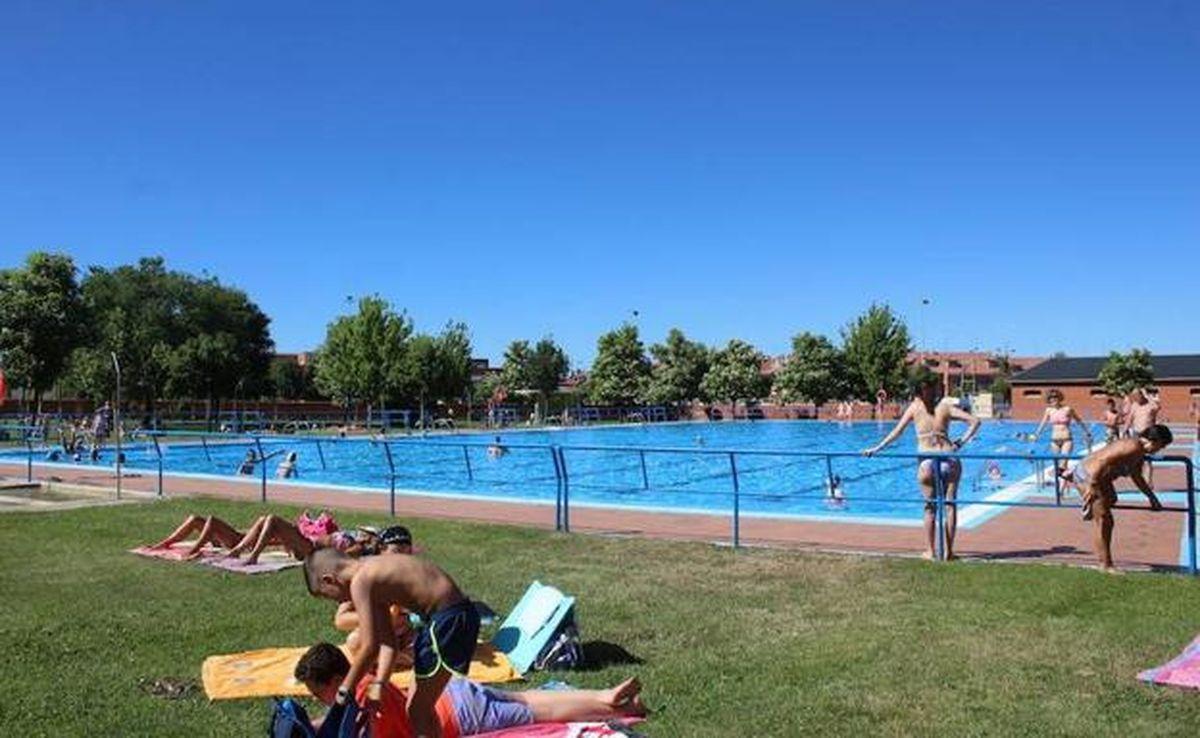 El PP califica de 'lamentable' la gestión de las piscinas en San Andrés del Rabanedo