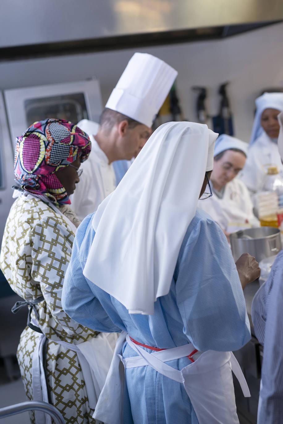 Curso de cocina para monjas