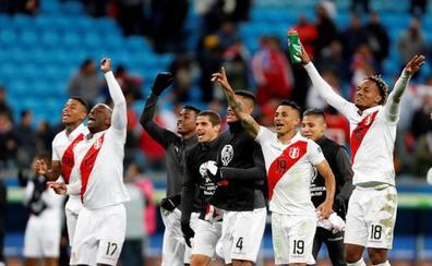 Perú golea a Chile y se cita con Brasil en la final de la Copa América