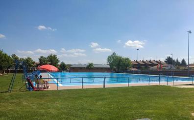 Las piscinas de verano de Trobajo del Camino y San Andrés recibirán a los más pequeños con numerosas actividades de animación