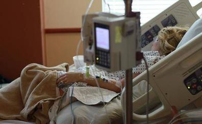 Satse exige equiparar el sueldo de los enfermeros y fisioterapeutas al de los partidos de las Cortes