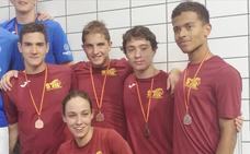 Destacada actuación del Club Deportivo Swimtech León en el Autonómico de natación