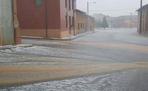 Los estragos de la tormenta en León: de 40 litros de agua en Sahelices al «desastre» en el cereal de invierno
