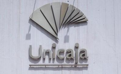 El plan de traslados de Unicaja consigue que 44 trabajadores de los 200 previstos acepten irse a Andalucía
