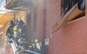 La explosión de un televisor provoca un incendio en una vivienda del barrio de El Ejido