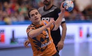 Mario López ve la misma dificultad en la Copa EHF que en la Liga de Campeones