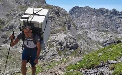 ¿Cómo subir una nevera a 2.064 metros de altura?
