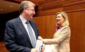 Silván compite con Del Olmo, Maroto y Cosidó por el único senador de designación autonómica de Castilla y León