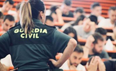 'Javaque', 'dexcrecían' o 'hazquirente', las palabras inexistentes que indigna a los aspirantes de la Guardia Civil