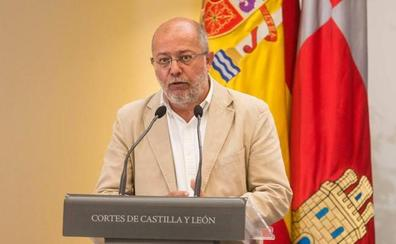 Igea asegura que han pesado más «las luces que las sombras» para mantener a Quiñones en la Junta