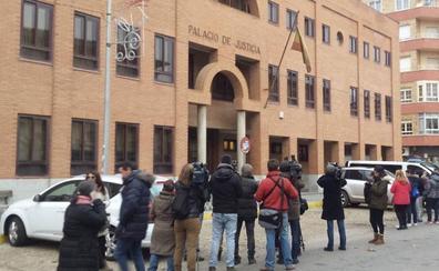 La defensa del leonés Viti considera la acusación «extremadamente desmesurada»