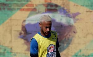 El complejo juego de póker entre Neymar, el PSG y el Barça