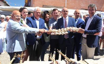 El ajo volvió a llenar de tradición Santa Marina del Rey