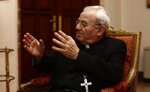 El Vaticano aclara que las palabras del nuncio sobre Franco fueron «a título personal»
