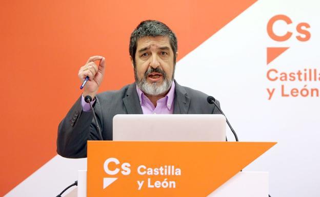 El leonés Manuel Mitadiel asume la Gerencia de Sacyl: «Quiero que el sistema sea mejor, sostenible, universal y público»