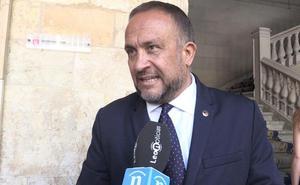 Courel pide al nuevo presidente el desarrollo del plan de juntas vecinales para el Bierzo