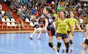 María Gallego renueva su compromiso con el Rodríguez Cleba