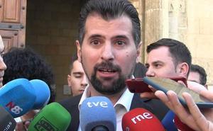 Tudanca sobre la continuidad de Suárez-Quiñones: «El PP demuestra que su política es la del rey sol»