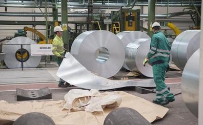 La expansión de Network Steel en León lleva al Musel de Gijón a negociar un tráfico de 400.000 toneladas de metal