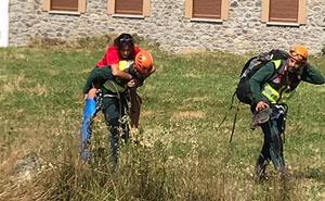 La Guardia Civil rescata a una montañera de 16 años herida en un tobillo en la Vega de Liordes de Picos de Europa