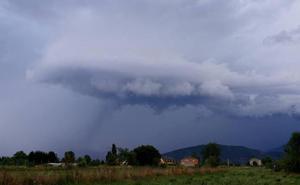 Del calor a las tormentas, la provincia de León seguirá en alerta este martes