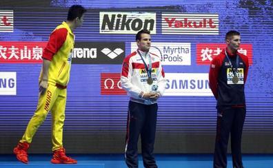 Sun Yang se encara con otro medallista que le desafía