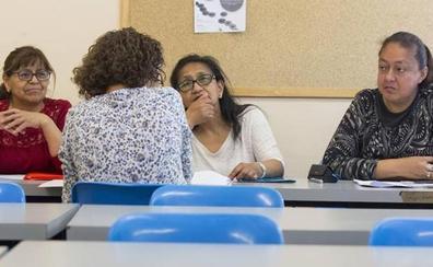 La residencia en León pierde atractivo para los extranjeros y la petición de nacionalidad cae un 75%