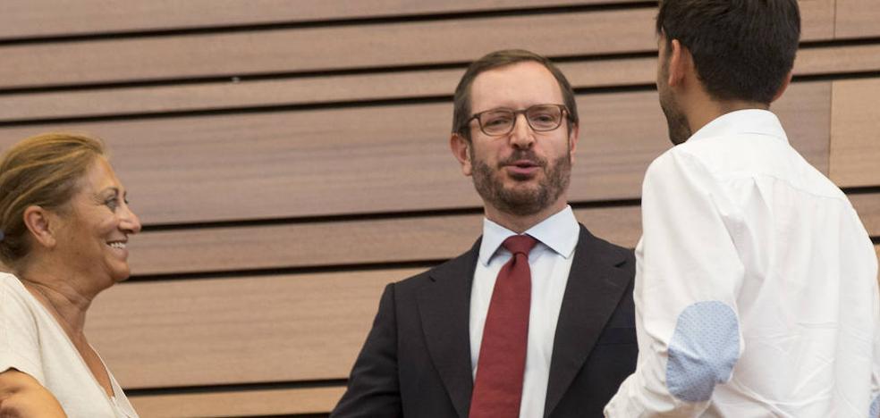 Maroto, el único senador sin vínculos con Castilla y León en 36 años