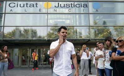 Fiscalía recurre la sentencia que reconoce a Javier Sánchez Santos como hijo de Julio Iglesias