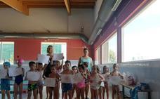 Valencia de Don Juan clausuró su curso de natación del mes de julio