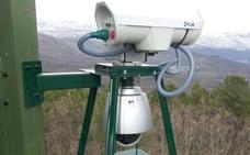 El despliegue de nuevas cámaras contra incendios en el Bierzo, pendiente de los permisos de los propietarios de las torres