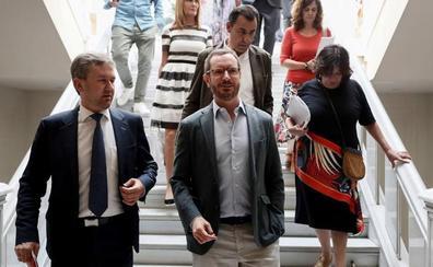 Maroto carga contra el PSOE porque su concejal en Sotosalbos está empadronado en el Real Sitio, a veinte kilómetros